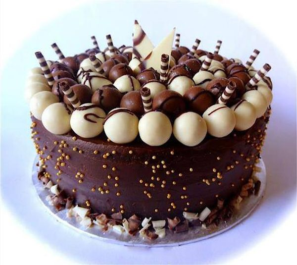 Chocolate Birthday Cake Design