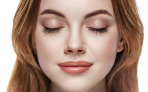 How To Grow Eyelashes and Eyebrows Naturally